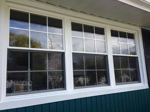 Double-hung replacement windows maintain the classic look and functionality you're used to, but in a clean, energy-saving style.
